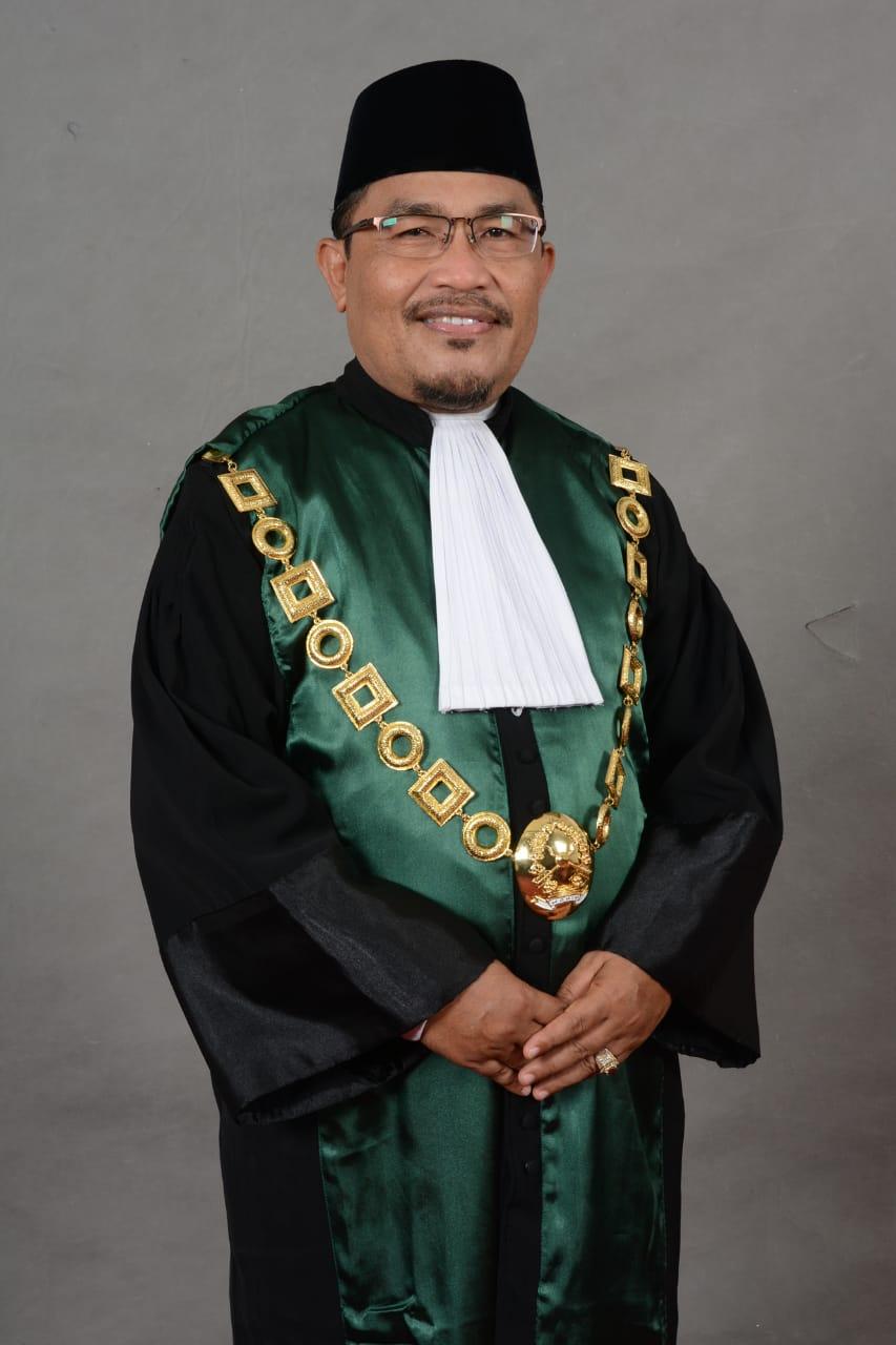 Drs. H. PALATUA, SH, M.HI